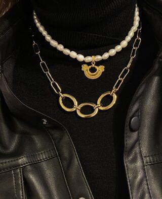 Hello December! 🖤 Collares de perlas con colgantes precolombinos, ARE BACK!