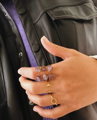 Ring ring ringsss.. just calling you to tell you: AMA (LOVE).💜 (Cartago Amethyst Ring - Anillo Cartago de AMAtista)